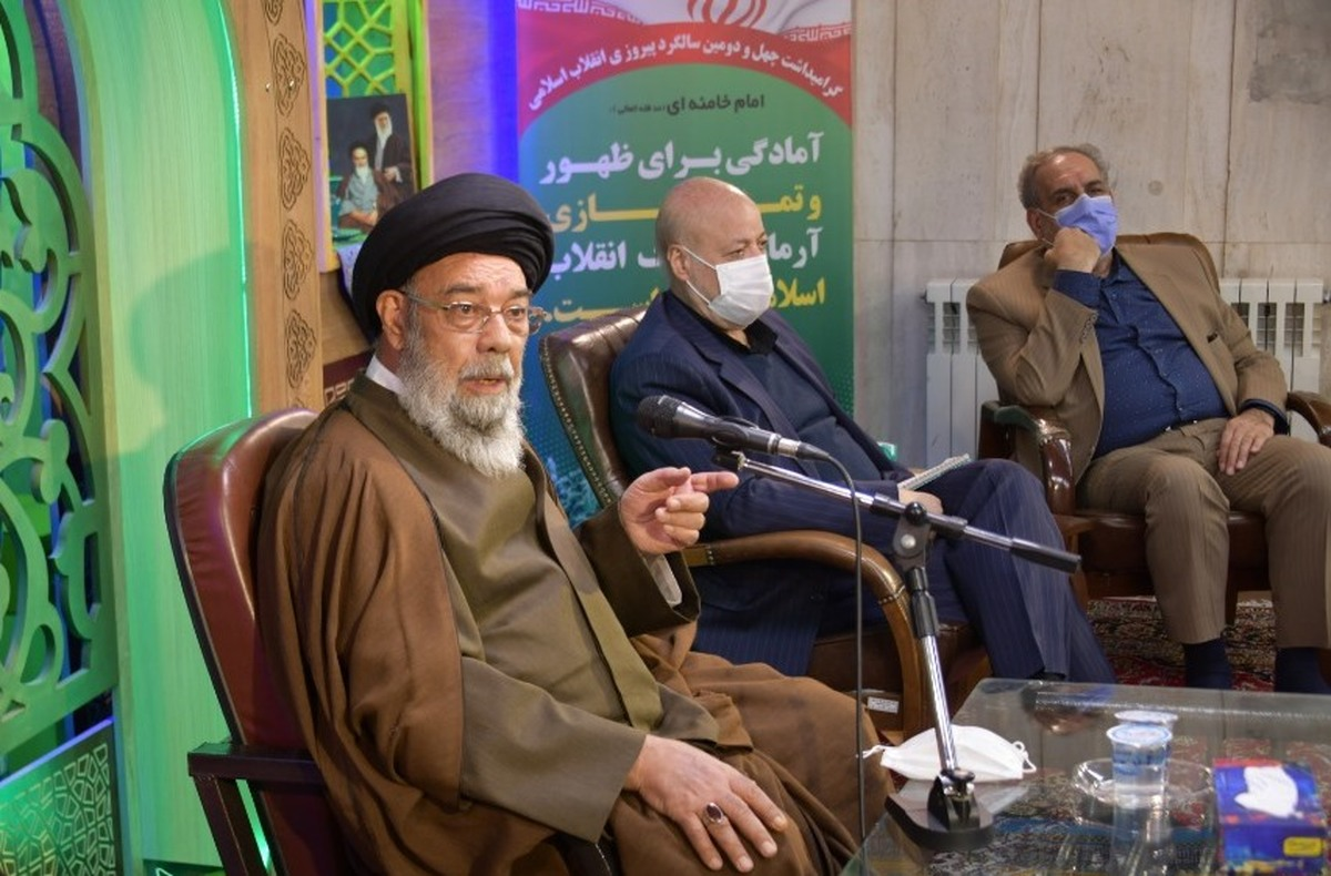 دستاوردها و پیشرفتهای نظام اسلامی برای مردم بازگو شود