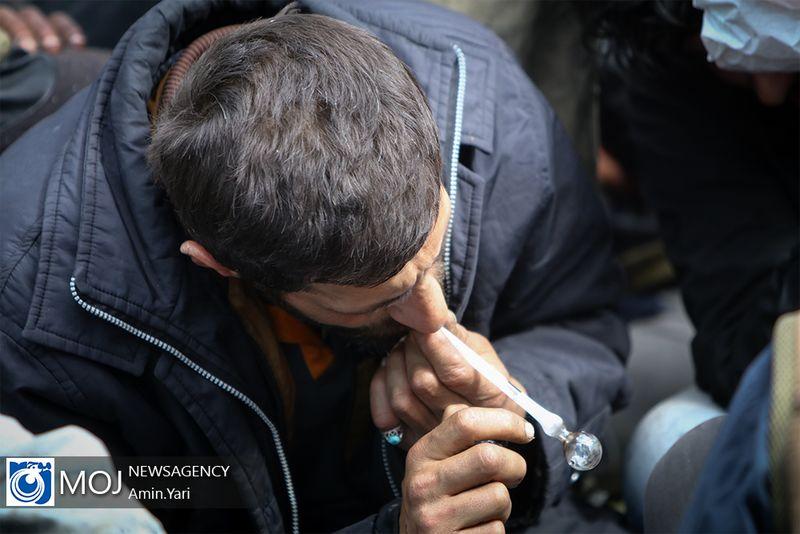 دستگیری 12 معتاد تابلو در شهرستان خمینی شهر