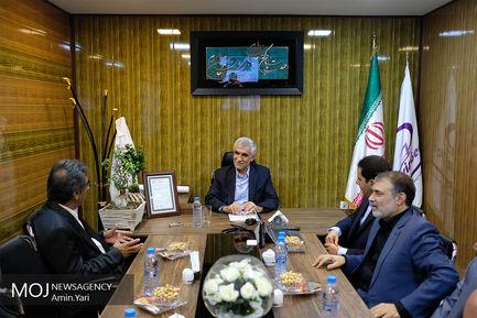 بازدید شهردار تهران از شرکت های دانش بنیان