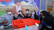 ملت قهرمان ایران با حضور در انتخابات وحدت ملی را به نمایش گذاشتند