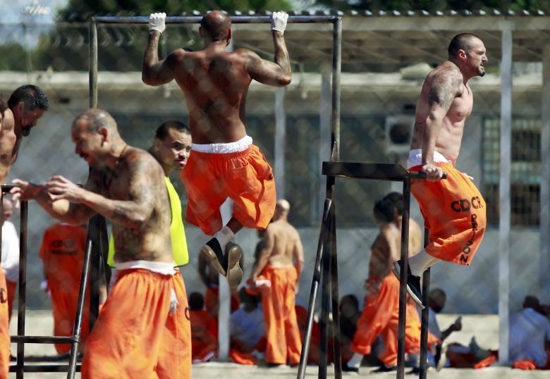 شمار زندانیان مبتلا به کرونا در آمریکا اعلام شد