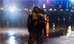 پلیس آلمان با ماشین آبپاش تظاهرات معترضان به گروه 20 را پراکنده کرد