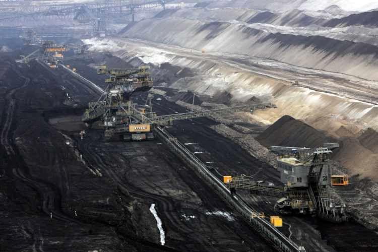 حیات 140 ساله نیروگاه های زغال سوز تا 2025 پایان می یابد