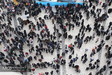 جشن چهلمین سال انقلاب از فراز برج آزادی