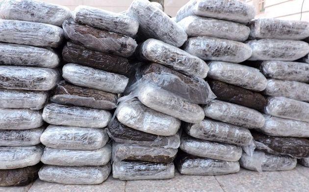 کشف یکهزار و ۶۰۰ کیلوگرم مواد مخدر  در بندرلنگه
