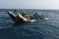 یک فروند لنج باری در آبهای خلیجفارس به قعر دریا فرو رفت