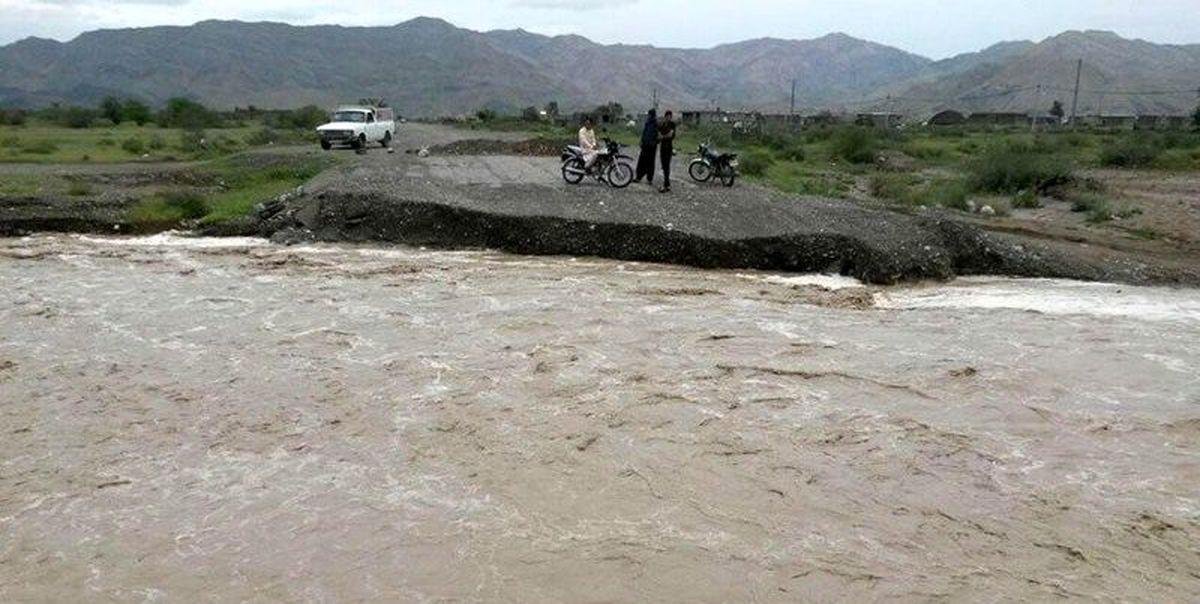 10 هزار نفر در روستاهای رودان گرفتار سیل شدهاند