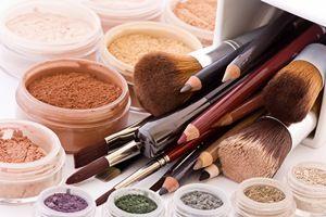 هشدار به زنان: فروش دارو و مکمل در سالنهای زیبایی تخلف است