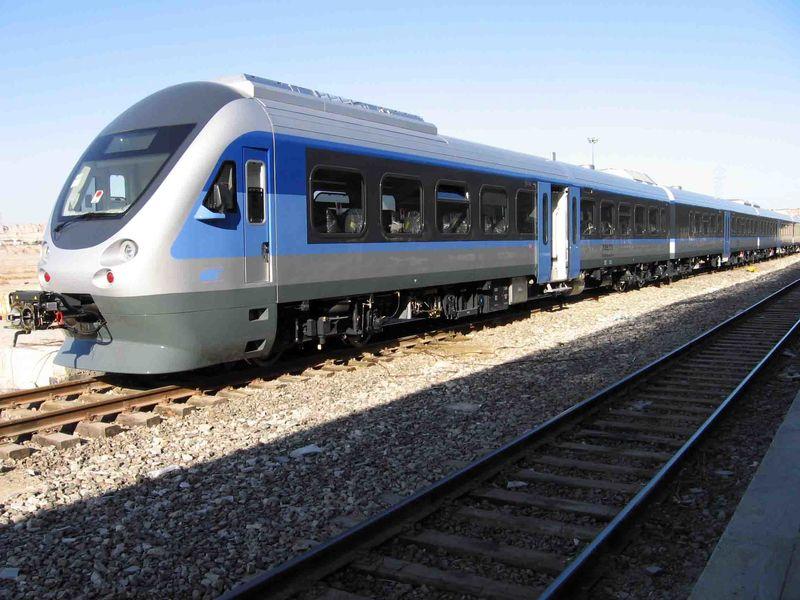 نباید شرکت راهآهن همزمان وظایف حاکمیتی و اجرایی داشته باشد