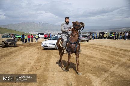 همایش اتومبیلرانی و موتور سواری به مناسبت روز سنه در سنندج
