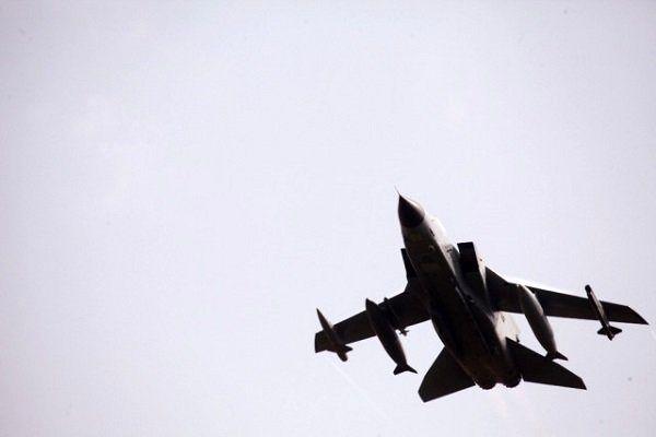 کشته و زخمی شدن دهها غیرنظامی در حمله جنگنده های آمریکا به سوریه