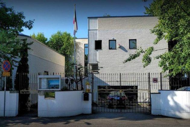 حمله به سفارت ایران در هلسینکی/ 4 نفر بازداشت شدند