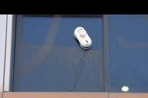 ربات شیشه پاک کن در نمایشگاه آیفا ۲۰۱۶ معرفی شد