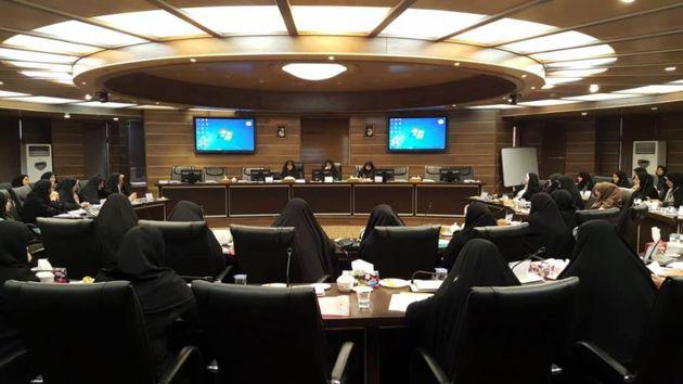 کسب مقام اول استان گیلان در انتصاب بانوان در پست های مدیریتی