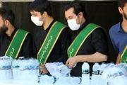 توزیع روزانه ۱۰ هزار آب معدنی بین عزاداران حسینی توسط حرم امامزاده سید علی(ع)