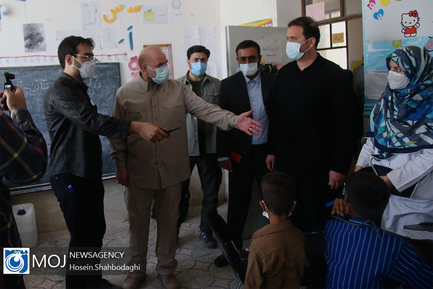 بازدید سرزده دکتر قالیباف از اردوهای جهادی شهر زهکلوت