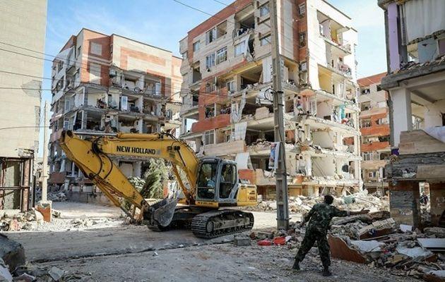 عقد قرارداد 308 واحد مسکونی زلزلهزده با بانکهای عامل