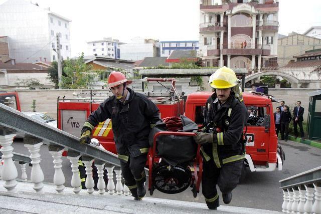 52 عملیات امداد و نجات و اطفاء حریق توسط سازمان آتش نشانی درسنندج انجام شد