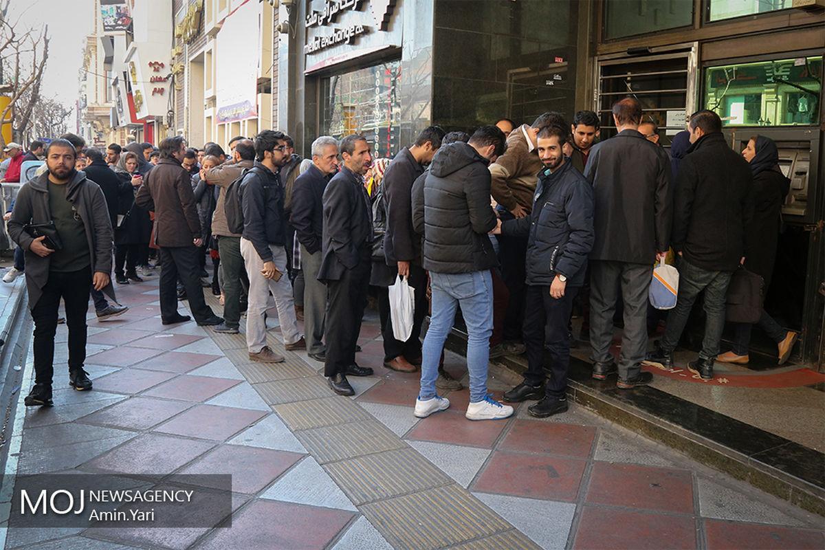 دستگیری ۲۷۷ محتکر و ۵۷ اخلالگر بازار سکه و ارز در سراسر کشور