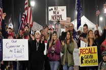 اعتراض طرفداران ترامپ به محدودیتهای کرونایی