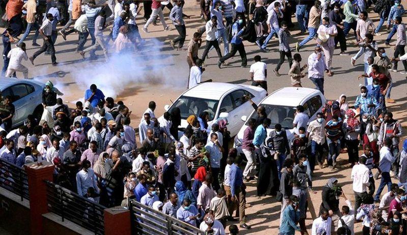 بازداشت اساتید دانشگاه سودان/تظاهرات در خارطوم ادامه دارد