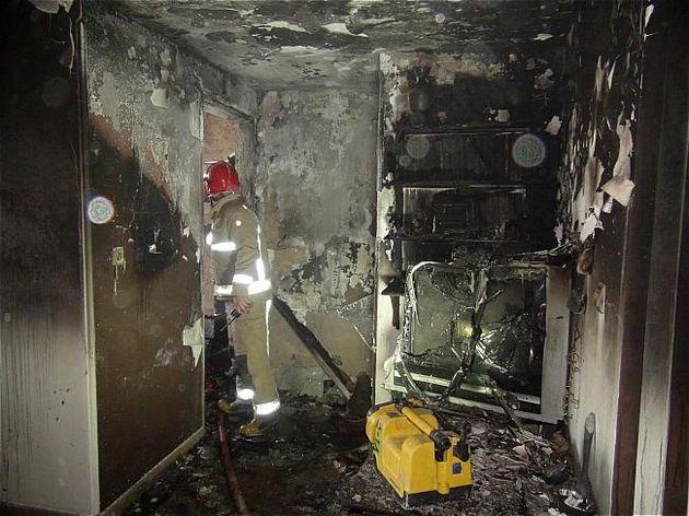 در حادثه آتش سوزی یکی از آتش نشانان بعلت دود گرفتگی شدید دچار مصدومیت شد