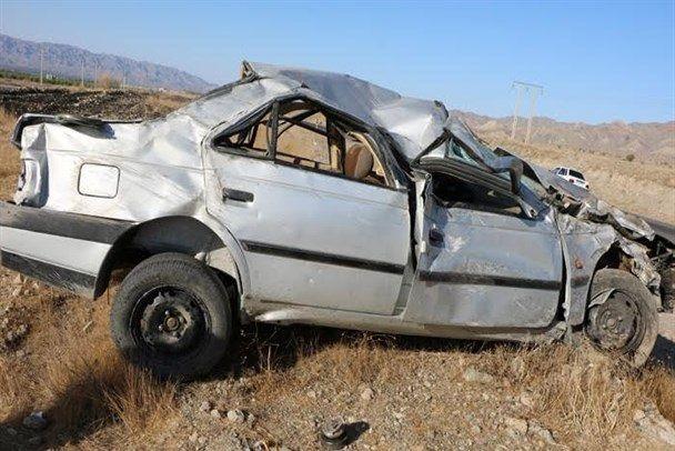 واژگونی خودروی سواری قربانی گرفت