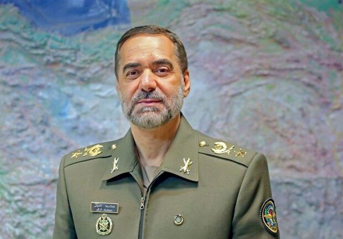 حفظ و ارتقاء عوامل تولید فناورانه قدرت دفاعی از اولویتهای وزارت دفاع خواهد بود