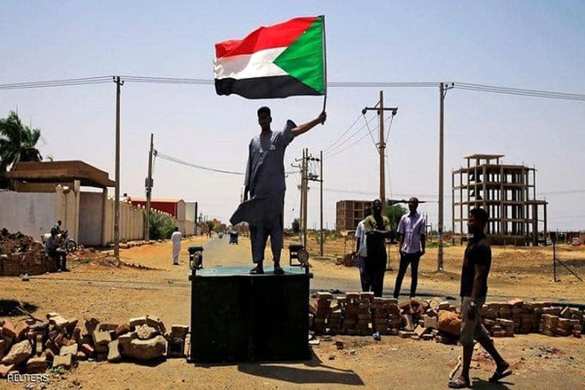 کابینه سودان با دستور نخست وزیری منحل شد