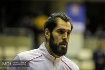 واکنش جنجالی صمد نیکخواه علیه ملیپوش بسکتبال