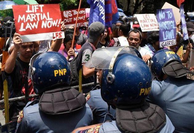 موافقت قانونگذاران فیلیپینی با تمدید حالت فوق العاده در این کشور