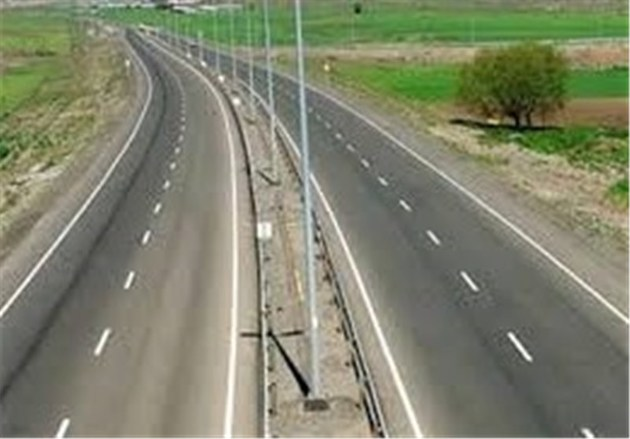 دستفروشان در حریم جادههای استان گلستان ساماندهی میشوند
