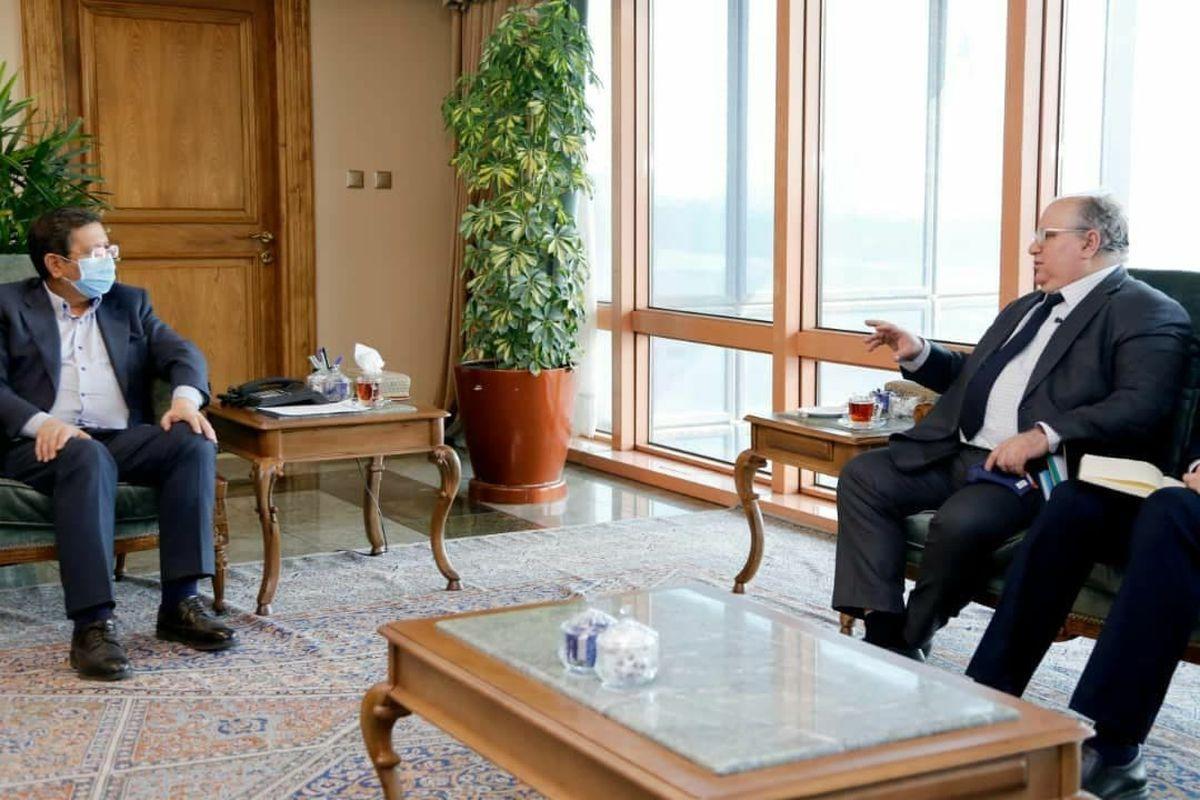 گفتگو همتی با مدیرعامل بانک تجارت عراق درخصوص منابع ایران در عراق