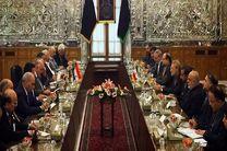 نخست وزیر عراق با علی لاریجانی دیدار و گفتگو کرد