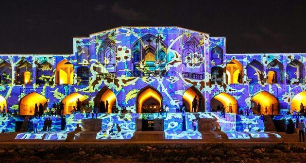 استقبال بی نظیر از نورپردازی پل خواجو