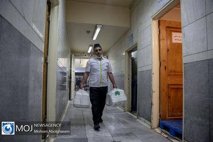 تهیه غذا برای بیماران بیمارستان فیروز آبادی شهر ری