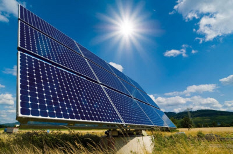 نیروگاه خورشیدی 20 مگاواتی در شهرستان سلسله احداث میشود
