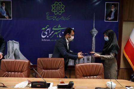 ادامه نفوذ جریان فتنه ۸۸ در شهرداری تهران!/آقای شهردار حواستان هست!؟