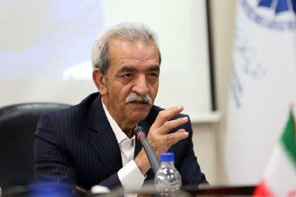 قدرت و اختیارات دولت به استان ها تفویض شود