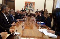 ظریف بر توسعه روابط با صربستان تاکید کرد