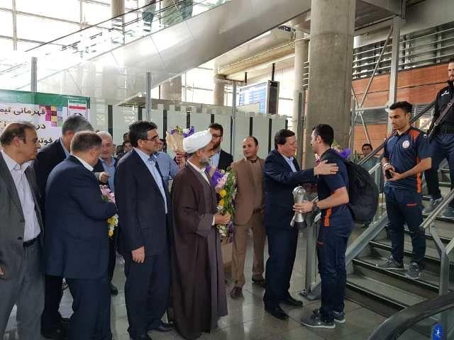 قهرمانان سونگون به ایران بازگشتند