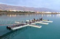 هشتمین اسکله فلزی شناور گردشگری در بندر شهید رجایی به آب انداخته شد