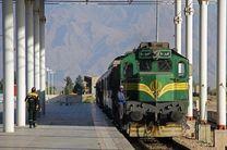 ریل قبل از مراسم تنفیذ و قطار پس از مراسم تحلیف به کرمانشاه میرسد