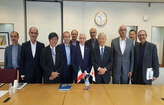 وزیر علوم بر مبادلات علمی و فنی و حرفه ای با ژاپن تاکید کرد
