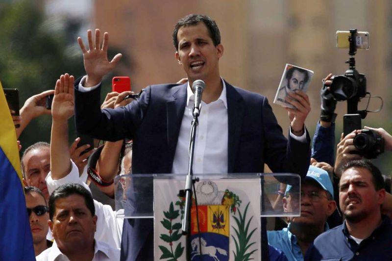 مادورو و گوایدو کار را به خیابان ها کشاندند
