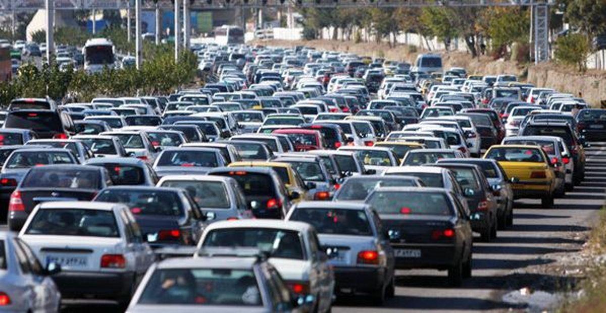 ترافیک سنگین در آزادراه کرج-قزوین و محور تهران-فشم