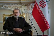دیدار علی لاریجانی با خانواده شهیدان عبوری