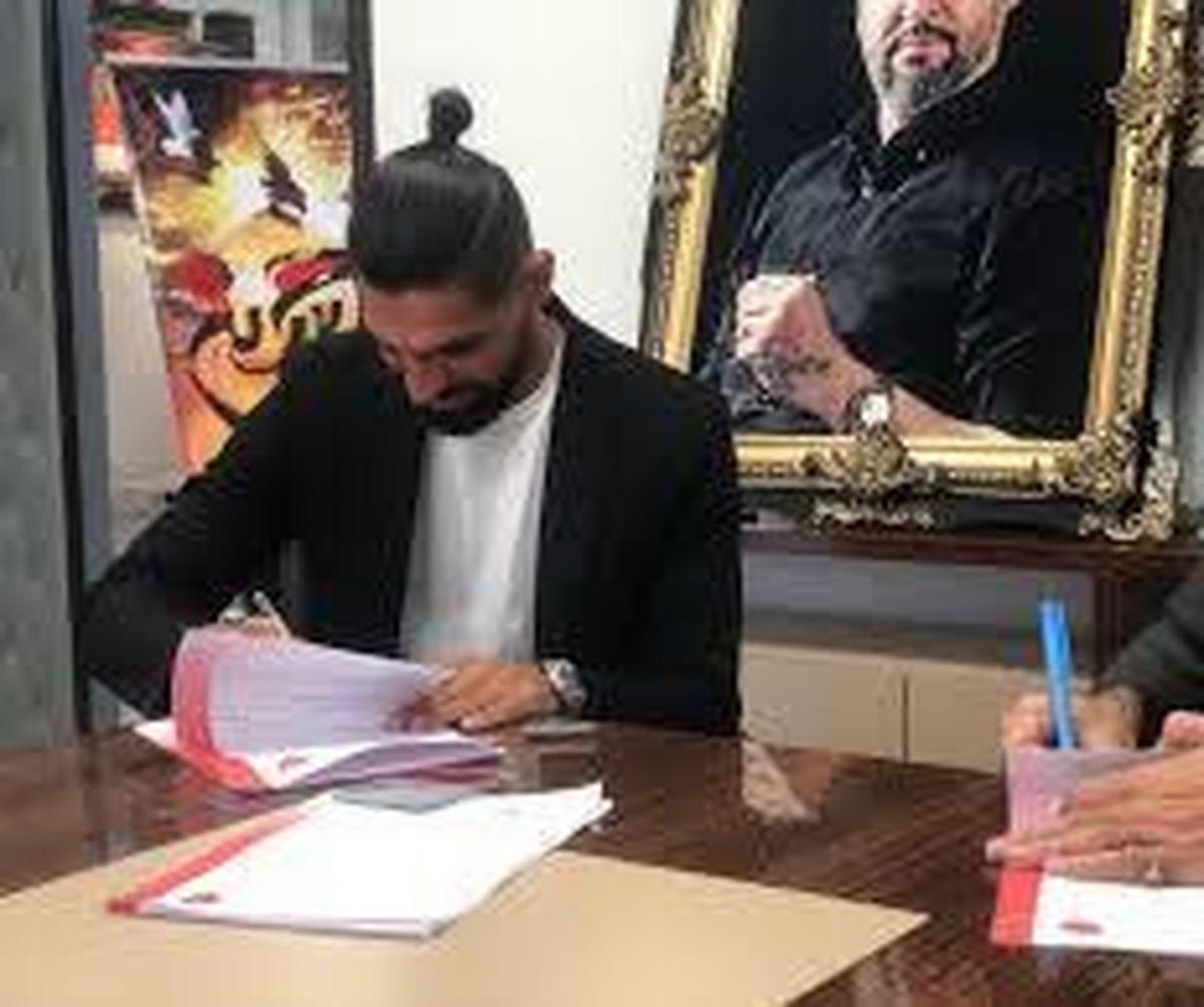 قرارداد نجومی اسدی با پرسپولیس