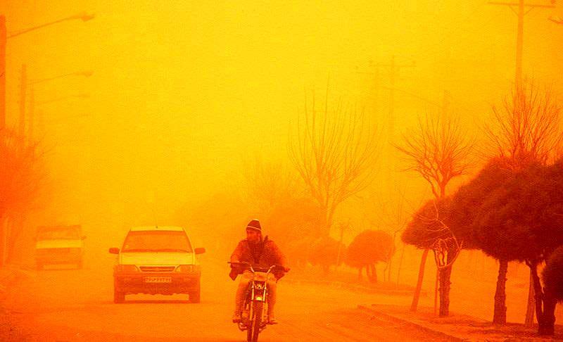 پیش بینی وقوع گرد و خاک و تندباد لحظهای در خوزستان