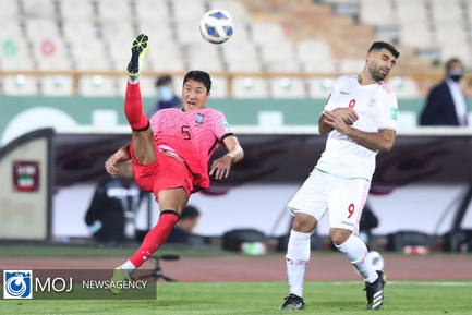 دیدار تیم های ملی فوتبال ایران و کره جنوبی
